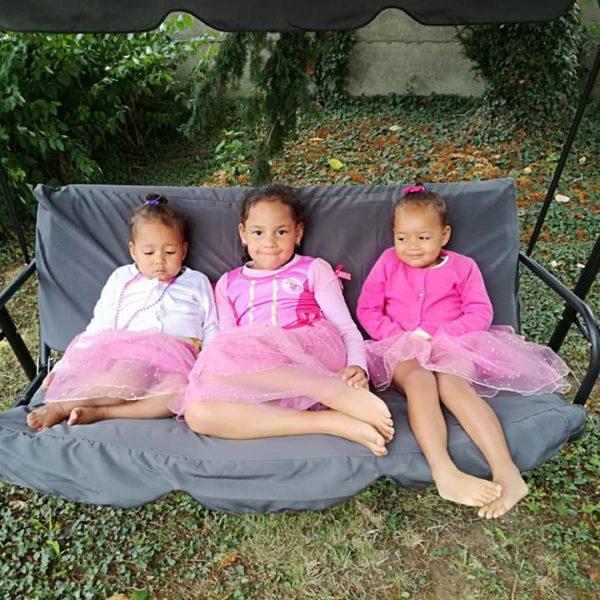 Ariana en zusjes